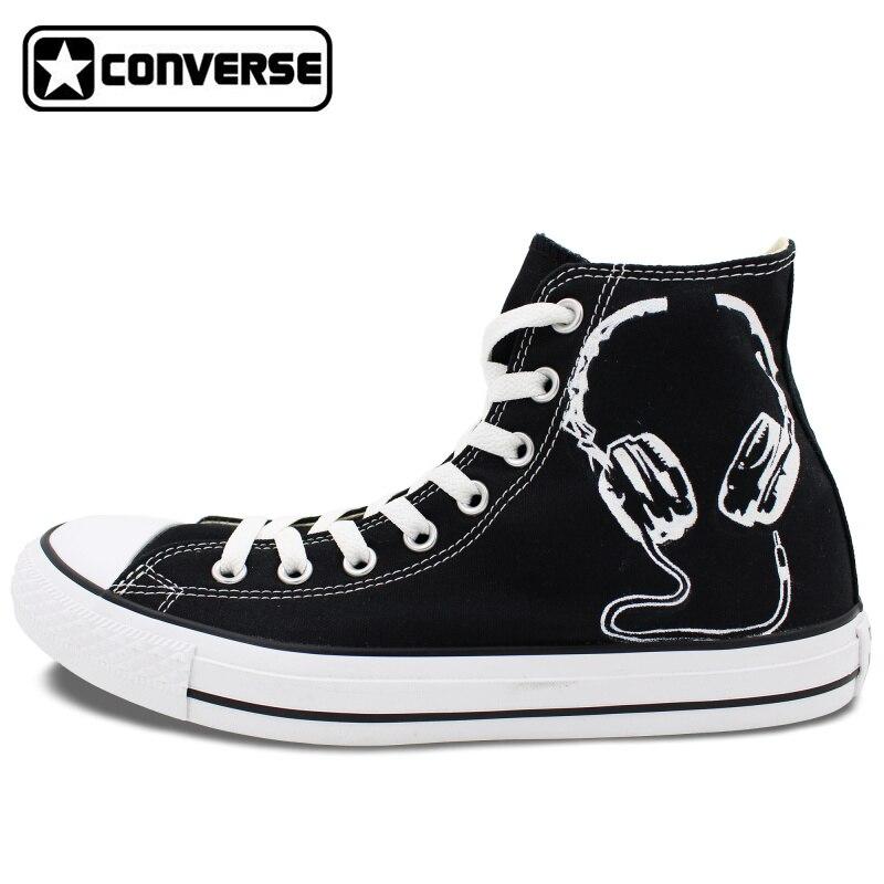 Prix pour Noir Converse All Star Peint À La Main Chaussures Écouteurs D'origine Custom Design Hommes Sneakers de Femmes Cadeaux De Noël