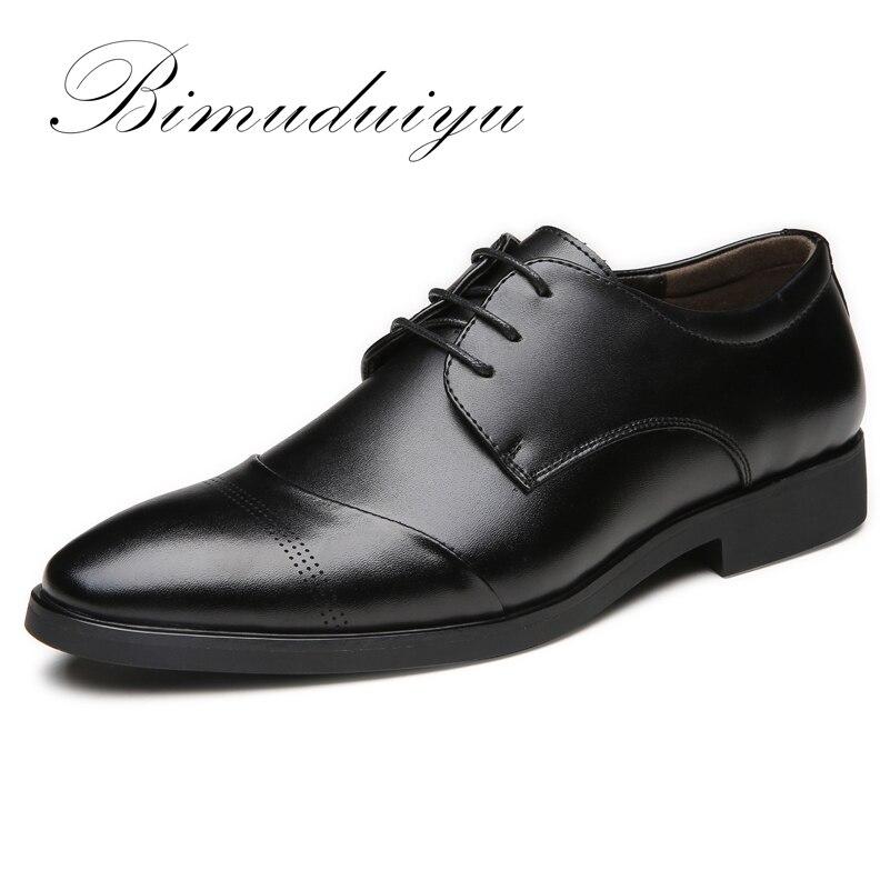 Bimuduiyu 38-47 высокое качество Кожаные модельные туфли Обувь прилив отметил Англия Стиль Бизнес свадьбы Формальные Туфли без каблуков черная об...