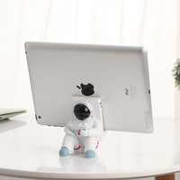 Astronaut desktop decoration IPAD holder Mobile phone accessories stand Creative animals decoration Kawaii resin home deco