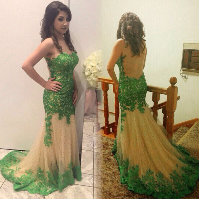 7aa2aa2661c Emerald Green Mermaid Mother of the Bride Dresses Sheer Jewel Neck  See-through Backless Lace Appliques Champagne Tulle Prom Gown
