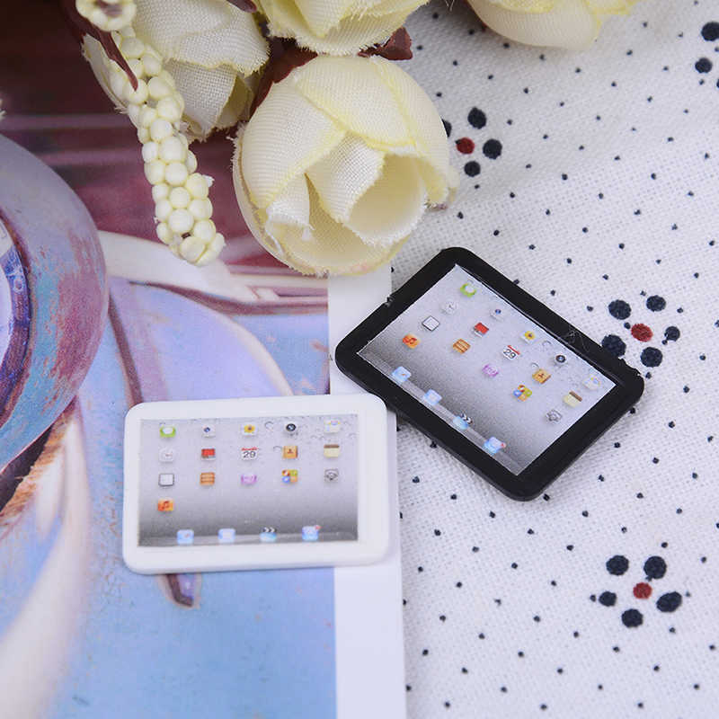 1PC 1:12 Dollhouse Diy Accessories Cute Simulation Mini Laptop Computer Miniature Alloy Fashion Crafts Dollhouse Decoration