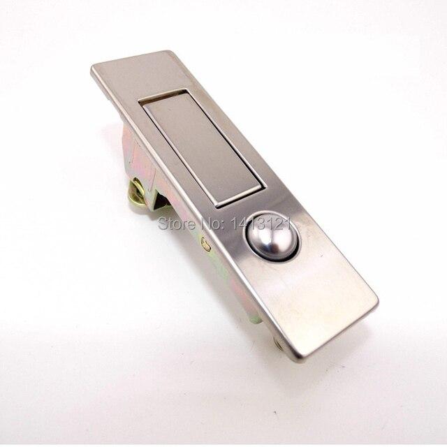 せっかく、サイズも良くて、軽くて使いやすい「無印良品ポリプロピレンキャリーボックス」なので、このロックを固くロック出来るようにするか、ロック位置を変えるか  ...