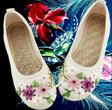 Size 34-40 #3 Colours Flat Shoes Lady Fashion Hemp straw plaited manual Lady Flat Shoes Floral Designer Clothing Footwear V062
