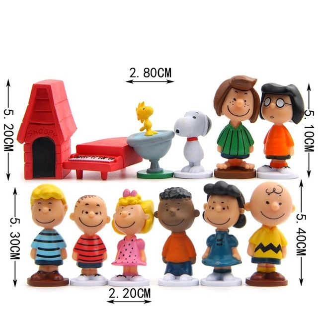 12pcs/pack Cut Anime Peanuts Figurine Charlie Brown And Friends Beagle Woodstock Miniature Model kids toy gift Animiation Action 1