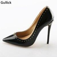 Sexy punta estrecha oro Remaches embellecido negro cuero Bombas 12 cm finos Tacones estilete Zapatos mujer precio barato stock