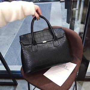 Image 1 - 2019 New Female Handbag Cayman PU Leather Women Shoulder Bag Big Luxury Brand Summer Ladies Large Capacity Casual Totes Hand bag
