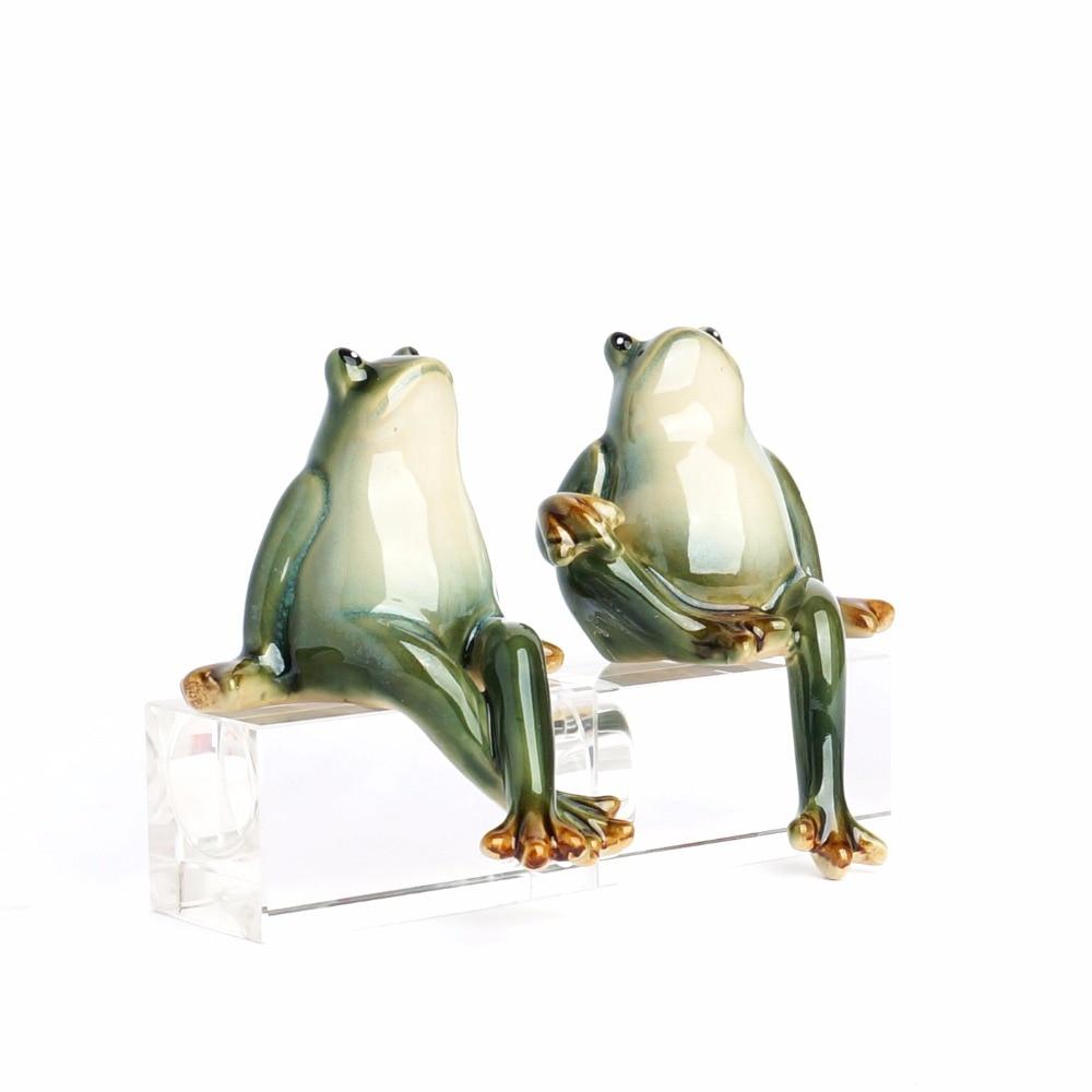 Creative Home Furnishing Modern New Home Living Room Animal Decoration Wine Garden Courtyard Decoration Ceramic Frog