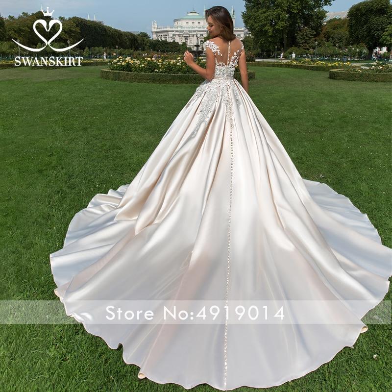 Image 2 - Appliques 3D flowers Wedding Dress 2019 Swanskirt Luxury Ball Gown Sweetheart Satin Bride Gown Princess Vestido de Noiva F196-in Wedding Dresses from Weddings & Events