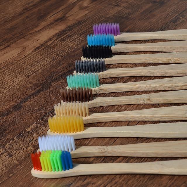 Nuovo disegno misto di colore di bambù spazzolino da denti Eco-Friendly in legno Spazzolino Da Denti a setole Morbide Punta del Carbone di legna di adulti igiene orale spazzolino da denti 2