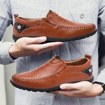 Nieuwe Ademende Merk Instappers Mannen Lederen Casual Schoenen Zomer Hoge Kwaliteit Volwassen Slip op Mocassins Mannen Sneakers Mannelijke Schoenen 46