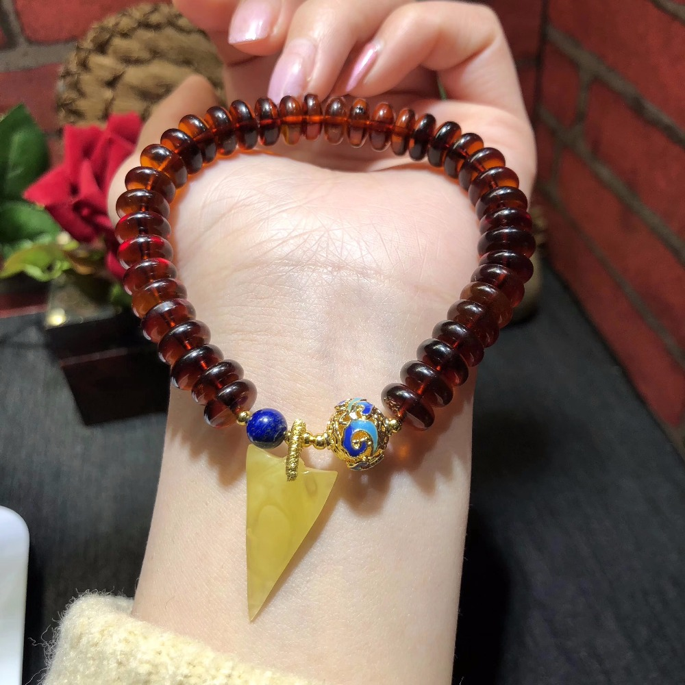 Natural Blood Amber with Yolk Color Amber Pendant Bracelet for Women Abacus beads New Design European Fashion Fine Jewelry pure hand made string beads bracelet amber abacus beads fringed bracelets baking blue craft accessories direct