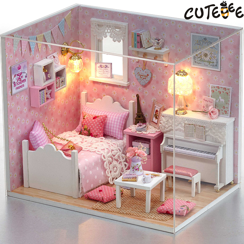 Doll House Furniture Diy Miniature Dust Cover 3D Wooden Miniaturas Dollhouse Toys for Christmas -H015