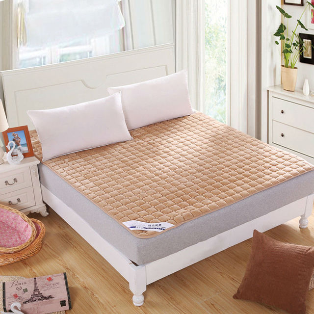 High Quality Washable Warm Flannel Bedspread Rubber Band Quilted Mattress Protector For Beds Soild Cover