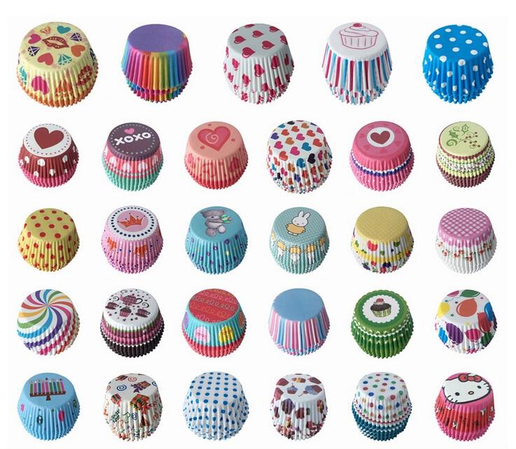 Hot Selling Mix Color 100pcs/set Cut Christmas, <font><b>Birthday</b></font>, Wedding Cake Decorating Tools Paper Muffin <font><b>Cupcake</b></font> Baking <font><b>Cups</b></font> E018