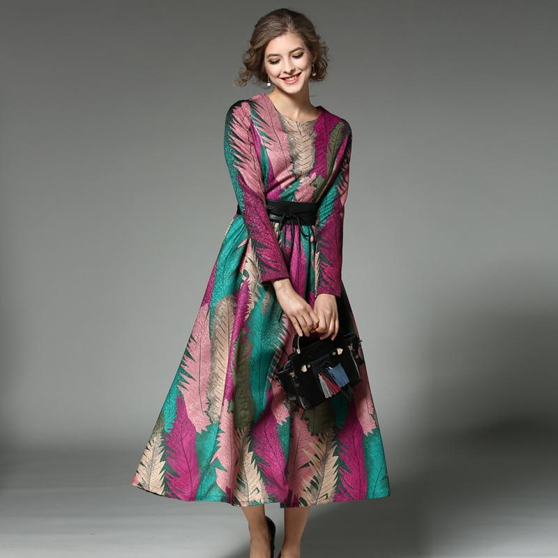 Haut de gamme femmes robes nouvelle arrivée robe longo de festa 2018  printemps nouvelle ceintures o long neck paon plume grand impression robe 5bf7e9af4dc