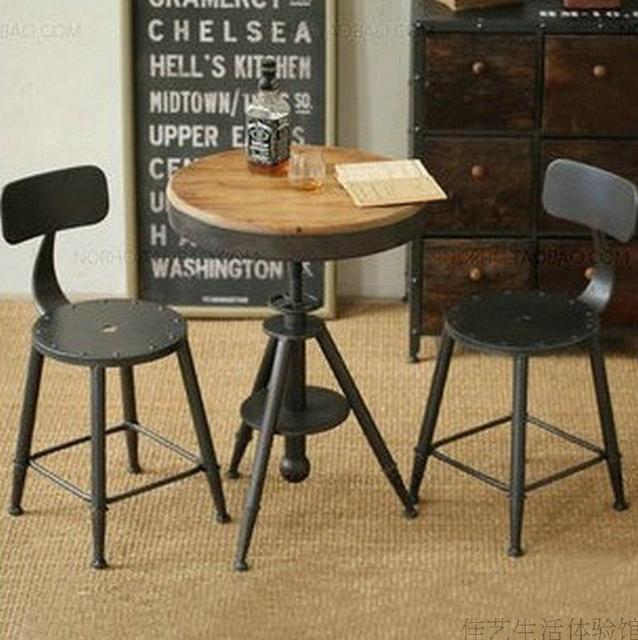 Europea francesa de época de hierro forjado mesas de café y sillas ...