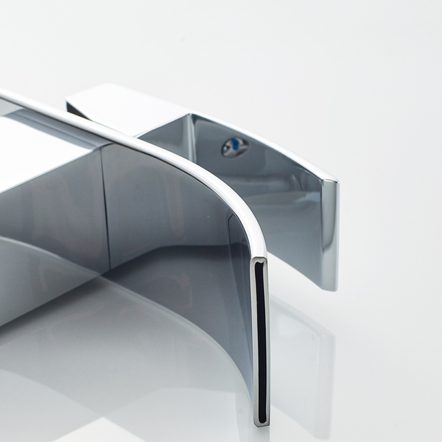 ROVATE – Curved Waterfall Polished Bathroom Basin