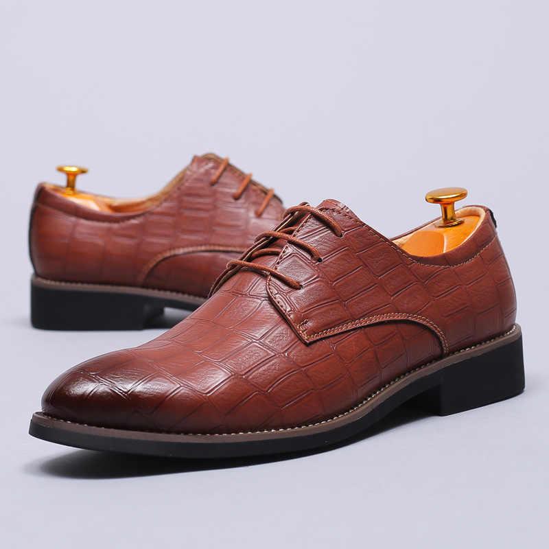 ผู้ชายรองเท้า 2019 รองเท้าหนังผู้ชายรองเท้า Oxford สำหรับผู้ชายรองเท้าแต่งงาน