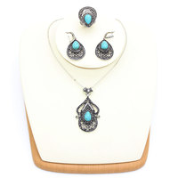 Vintage Turkish Women Blue Stone Jewelry Hollow Flower Necklace Antique Color Arabesque Ethnic Necklaces For Women Party Wedding