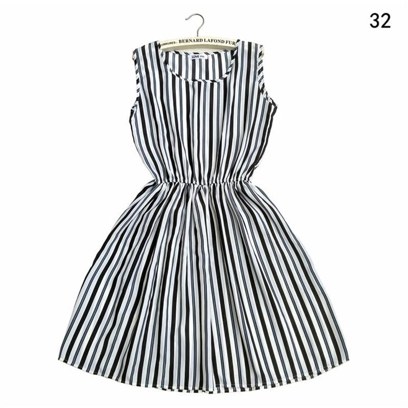 Summer Dress 2019 Striped Floral Bohemian Vintage Sexy Plus Size Casual Beach Dress Women Elegant Sleeveless Mini