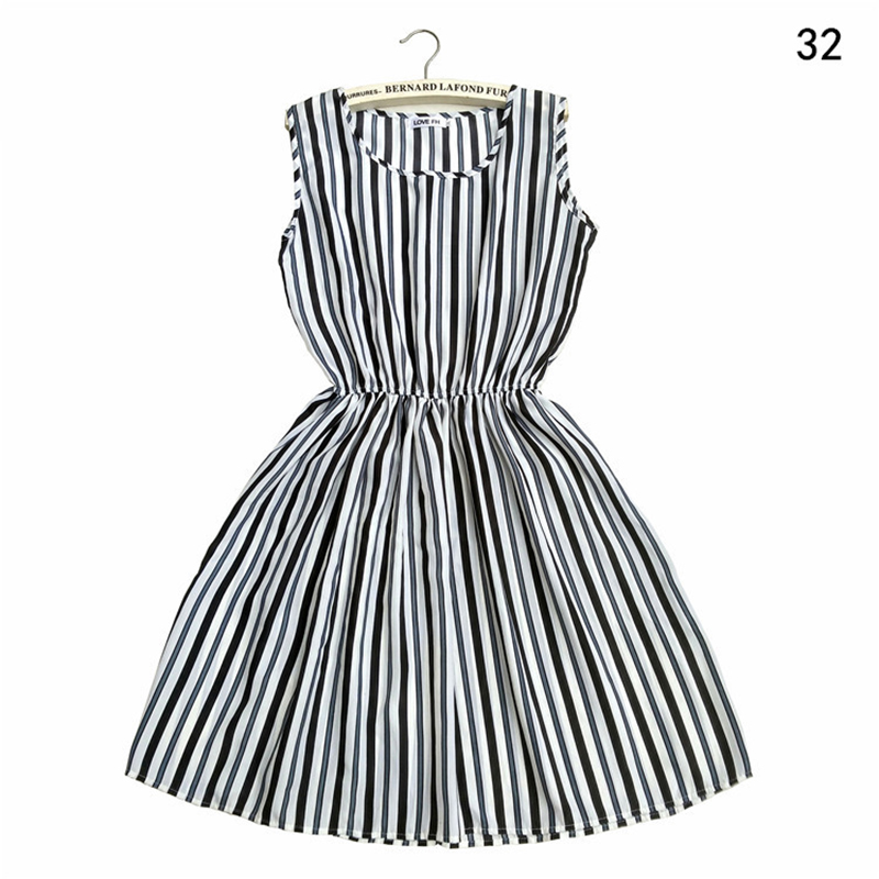 Summer Dress 2019 Striped Floral Bohemian Vintage Sexy Plus Size Casual Beach Dress Women Elegant Sleeveless Mini