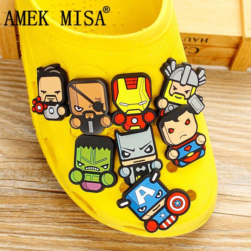 8 Pcs A Lot PVC Shoe Decoration Marvel Avengers Shoes Charms Accessories For Kids Favor Kawaii Vute Xmas Gift Fit Bands/Croc D28
