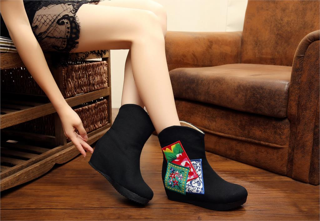 2015 Winter New Warm Women Boots Flower Embroidery Old Peking Flat Heel Martins Boots Classic Design Chinese Traditional Boots от Aliexpress INT