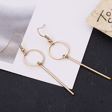 Minimalist in Europe and America to restore ancient ways small pure fresh fashionable joker geometric eardrop of round