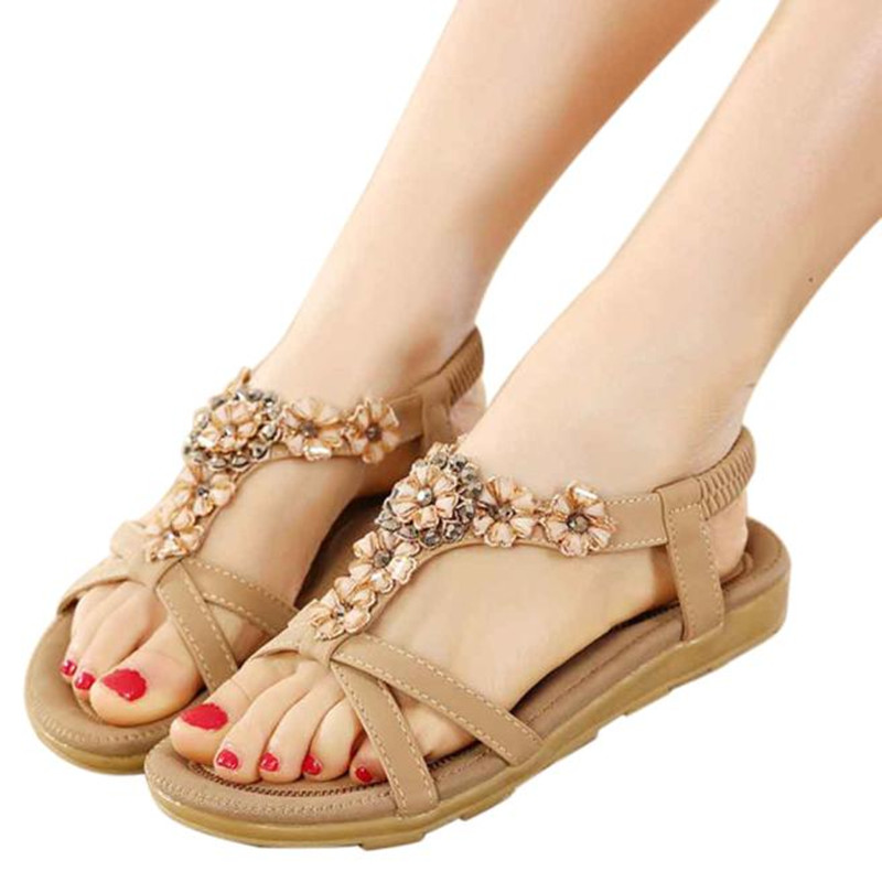 Siketu Women New Fashion Slipper Sweet Beaded Flowers Bohemian Sandals Shoes Female Sandals Girl Beach Flat Sandals Shoes 2017