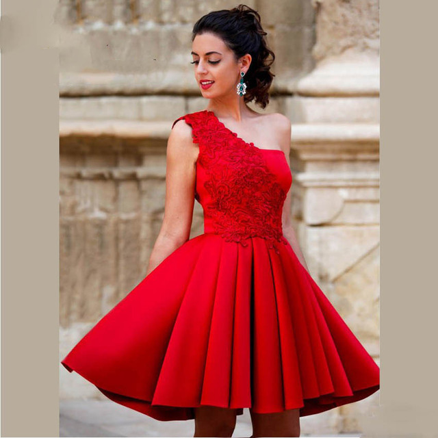 Custom Decals Knee Shoulder Short Prom Dresses Fold Red Evening Gown