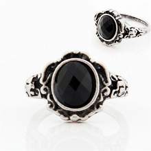 Luck dog Women Ladies Fashion carved Vintage Imitate Black Onyx Ring Jewelry