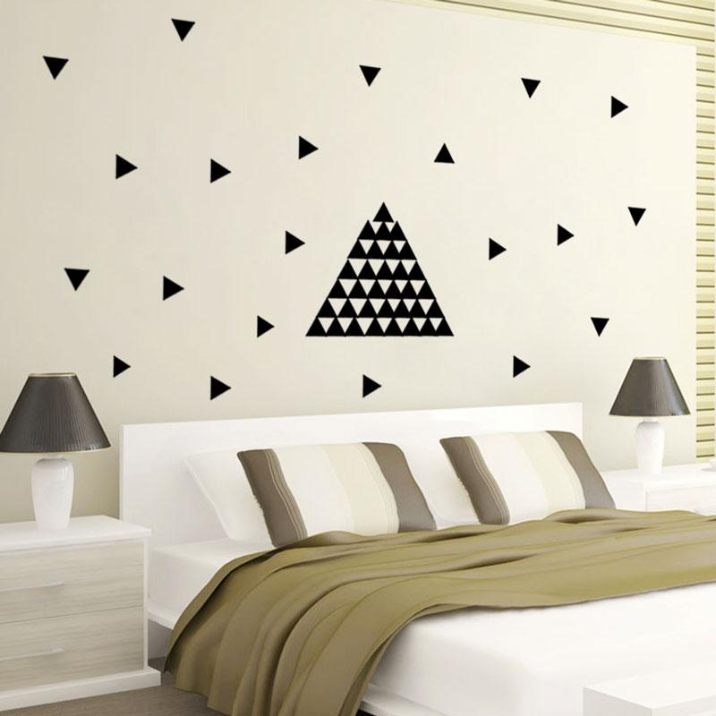 US $4.33 30% di SCONTO|Disegno Geometrico Triangoli Autoadesivo Della  Parete Camera Da Letto Comodino Soggiorno Sfondo Vinyl Wall Stickers Home  ...