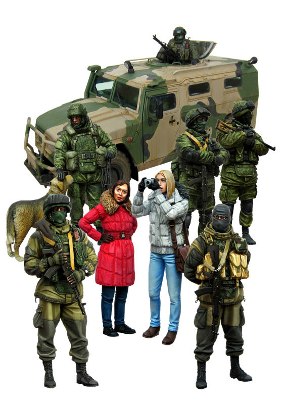Tusk Model scale resin kit soldiers girls set 9 figures