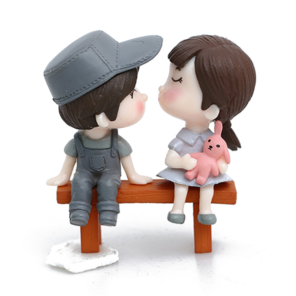 Gnome In Garden: Romantic Lovers Cartoon Toys Couple Figurines Miniatures