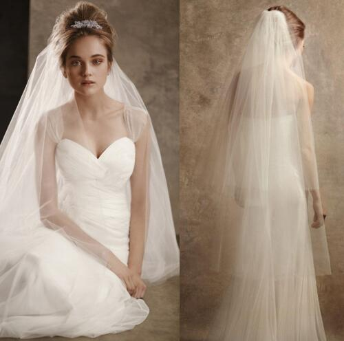 White Ivory Wedding Veils 2017 2-Layer Hot Sale New Arrival Wholesale Price Cut Edge Simple Style Bridal Veil With Comb