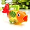 1 pc Brinquedos Banho de Brinquedos na Casa de Banho Forma De Peixes De Água Cor mudança Banho Brinquedos para Meninos Das Meninas Do Bebê Crianças Brinquedos Bebês Bebe