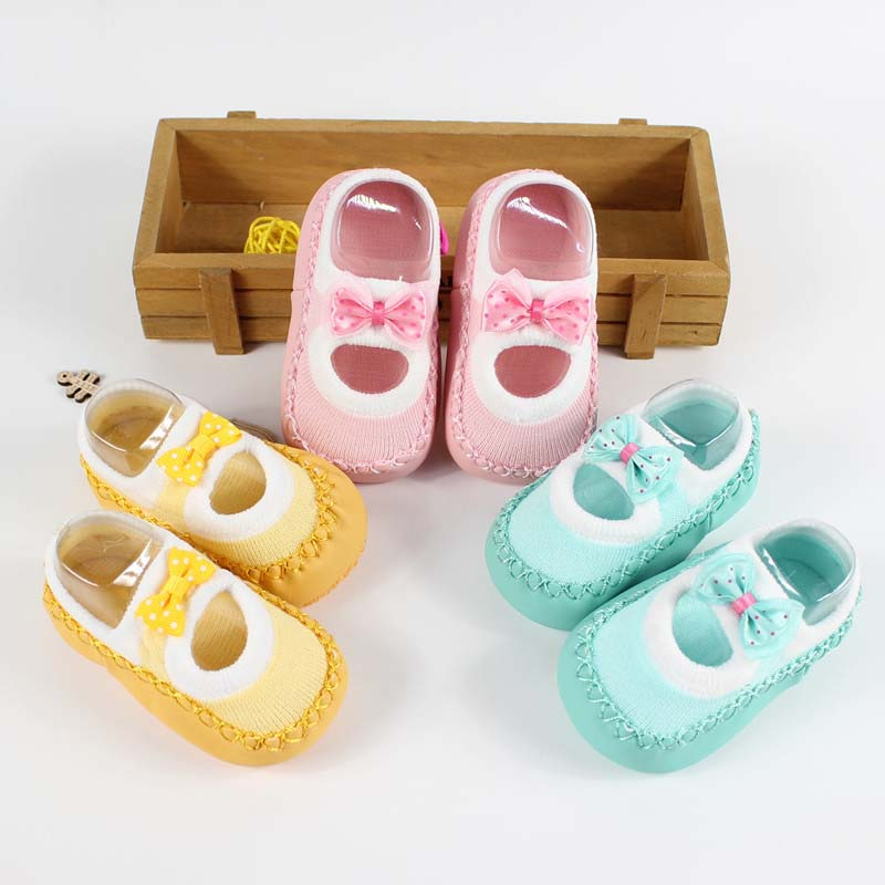 Baby-First-Walkers-socks-Anti-Slip-Newborn-0-12M-Cotton-Lovely-Cute-Shoes-bow-Cartoon-Slippers-Boots-Boy-Girl-Skid-Socks-1