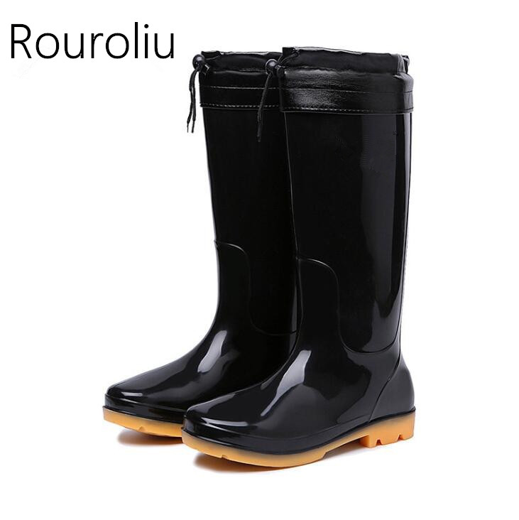 Rouroliu Men Non-Slip Winter Rainboots Warm Socks Inserts PVC Waterproof Work Shoes Wellies High/Mid-Calf Rain Boots RB29