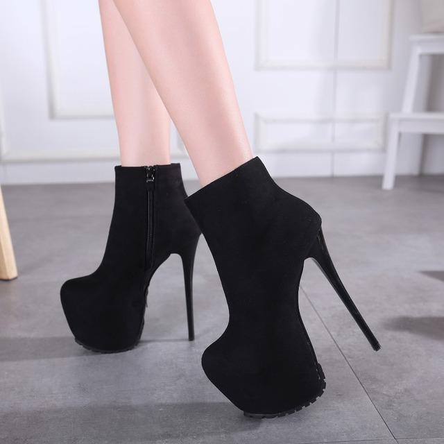 2016 nueva 16 CM súper altos talones del club nocturno de las mujeres botas cortas botas de ante negro wrap