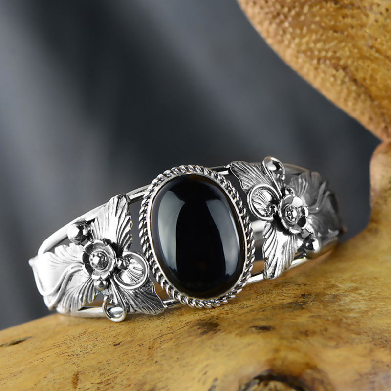 Guaranteed 925 Silver Bangle Antique Flowers Engraved Gifts For Women Natural Black Agate Stone Beautiful Fine JewelryGuaranteed 925 Silver Bangle Antique Flowers Engraved Gifts For Women Natural Black Agate Stone Beautiful Fine Jewelry