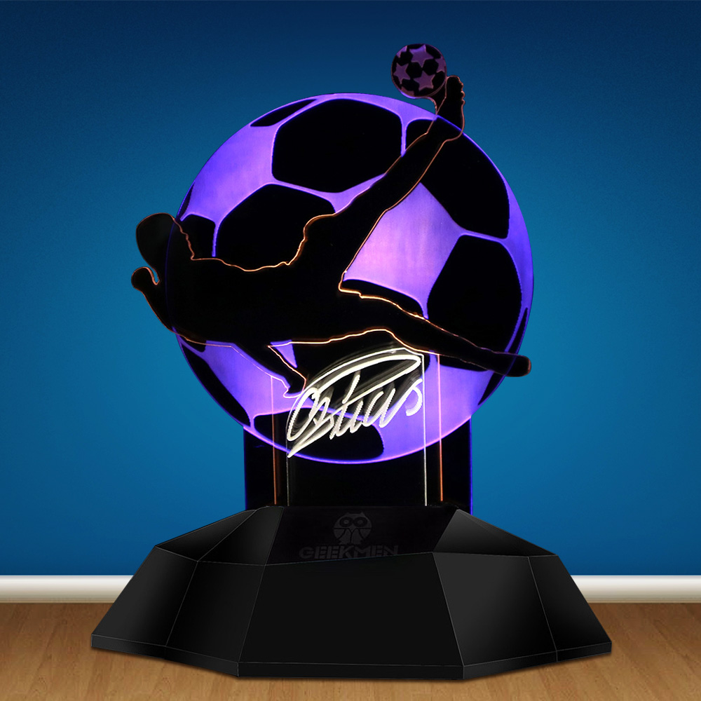 CR7 Cristiano Ronaldo Kick Ball 3D Line Lamp Football Player Novelty LED Night Light Table Lamp 3D Optical Illusion Light