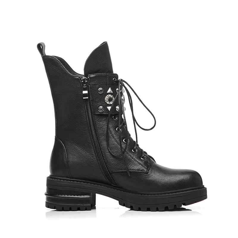 Горячая Распродажа Рок; мотоциклетные ботинки из натуральной кожи роскошные ботинки с металлическими заклепками; застежка на молнии на среднем каблуке Женская обувь до середины голени с бахромой и L58