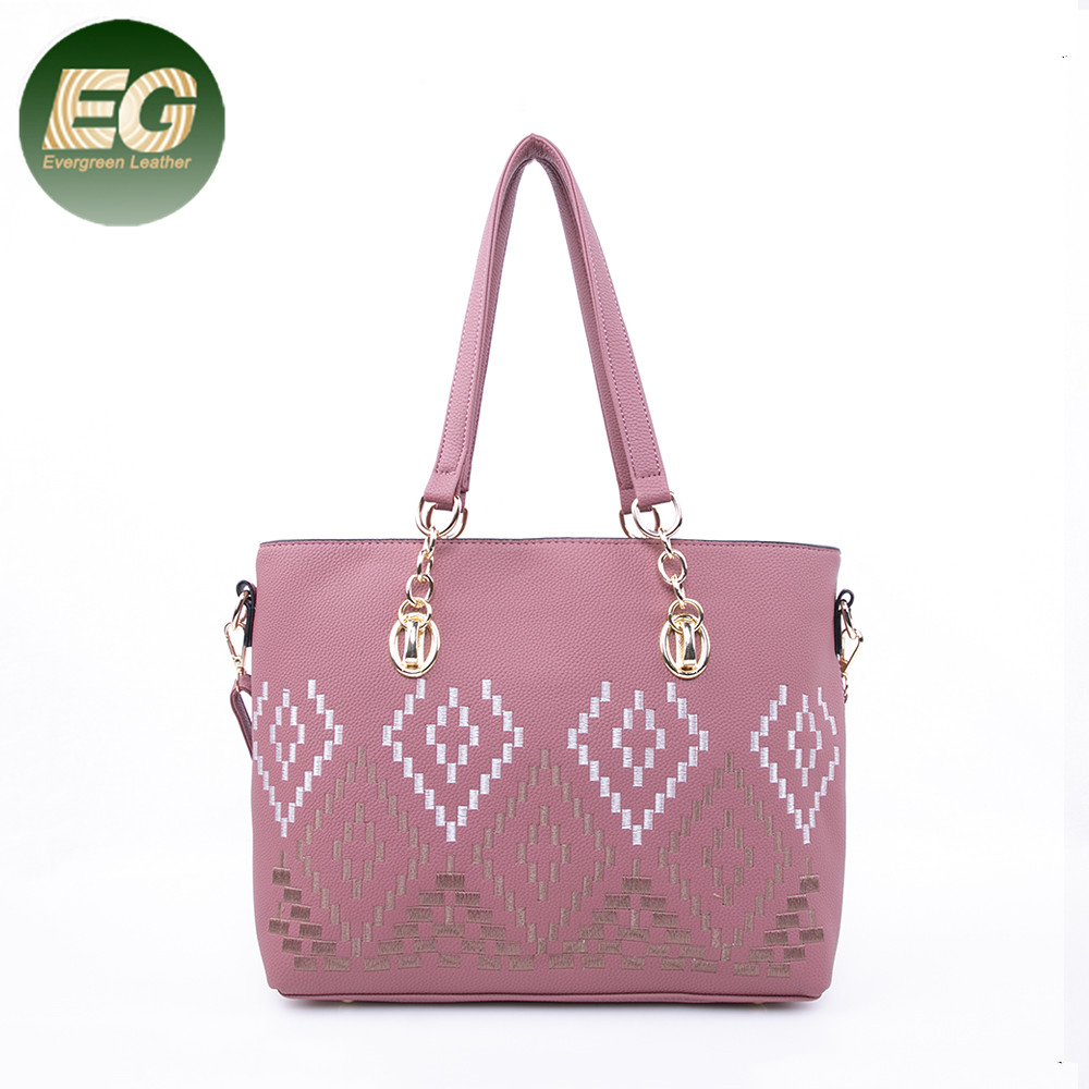 bd7742fcca5 2018 latest fashion handbags China online shopping big Embroidery shoulder  bags with flower decoration tote bag SH661