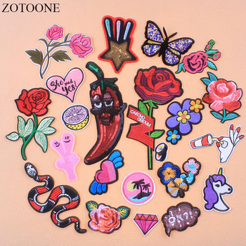 ZOTOONE Flower Butterfly Rhinestone Patches Appliques For Clothes Embroidered Unicorn Sushi Patch Star Letters Sequin Applique E image