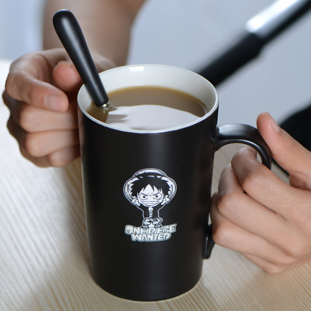 One Piece Coffee Mug With Cover And Spoon