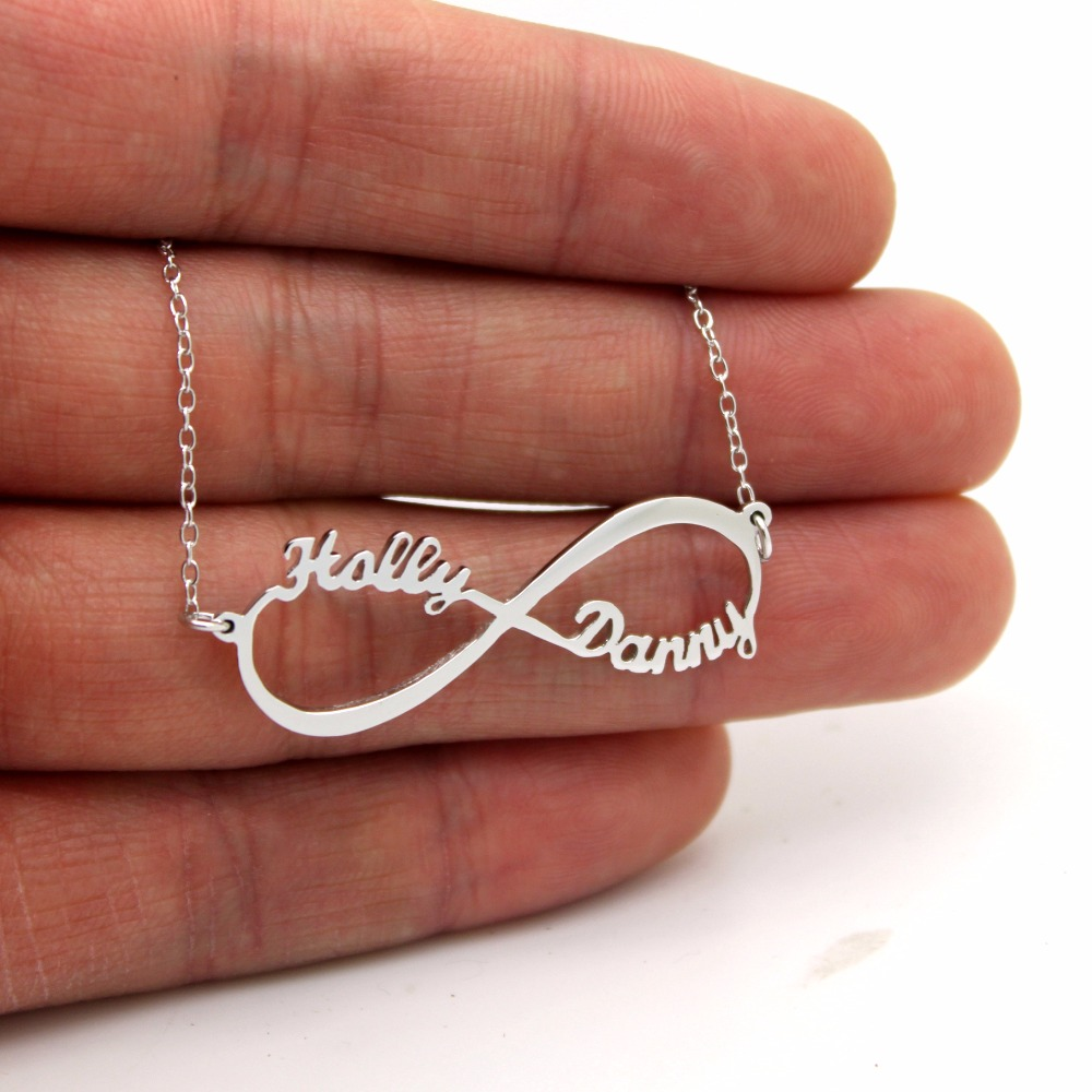 Custom Infinito Collar collar infinito Personalizada con dos nombres pareja  regalos de regalo para las mujeres de encargo con cualquier nombre en  Collares ... 881f4cb0d1f
