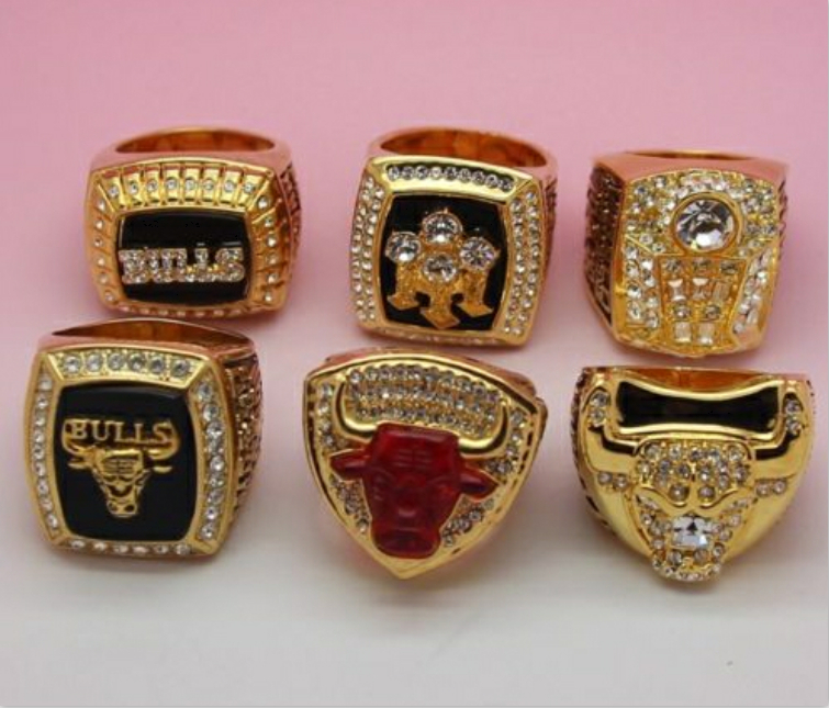 a set chicago bulls dynasty basketball championship ring collection michael jordan size 10 us. Black Bedroom Furniture Sets. Home Design Ideas