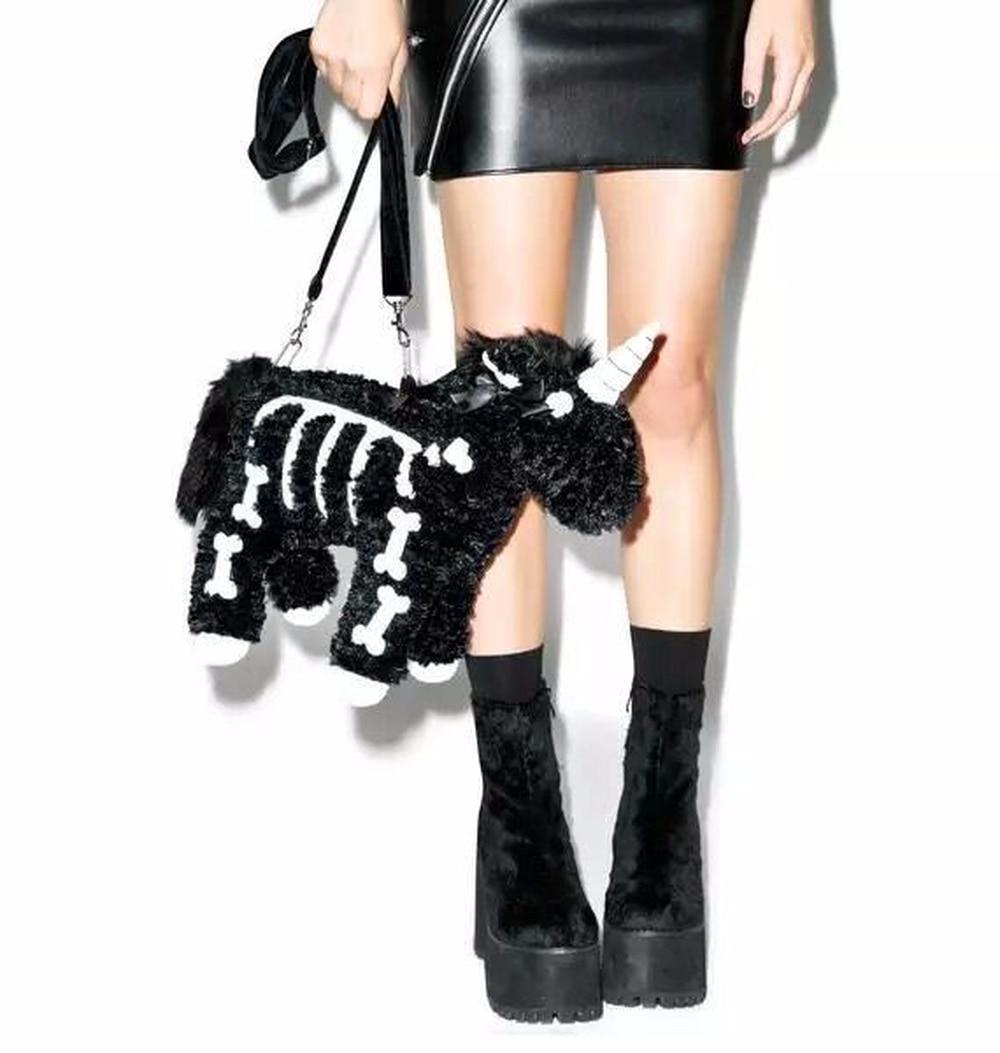 2018 New Winter Women's Bag Punk Fashion Unicorn Bone Crossbody Bag Single Shoulder Bag Black Pink Fur Soft Bag Cute цены онлайн