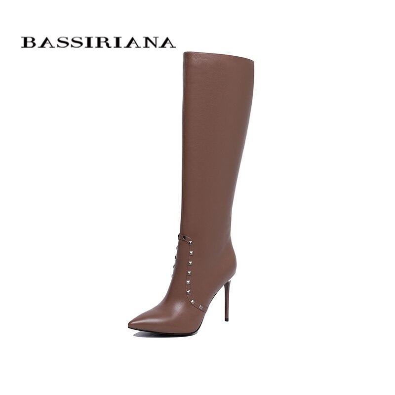 BASSIRIANA Nouveau 2018 en cuir véritable Haute-bottes de femmes à talons hauts chaussures rivet de décoration Femmes noir brun printemps/
