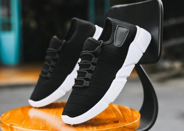 2019 חדש גברים של נעלי קיץ ובסתיו נמוך עליון נעלי ריצה חדש גברים של נעלי תחרה רשת נעלי גברים של אור לנשימה סניקרס